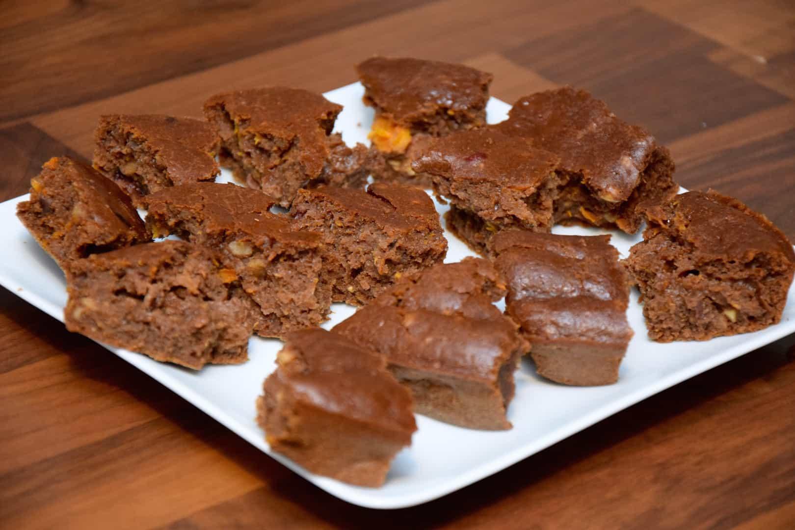 Csokis-brownie-mindent-bele-sütőtökkel-Jóga-Mindennap-receptek-egészség-otthon