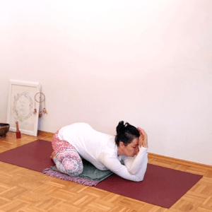 Nő vagyok női jóga online program FreshUp Ági vezetésével - Jóga Mindenap